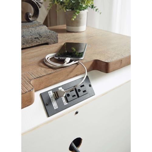 Ashley Furniture - Realyn 6 Piece Bedroom