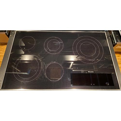 Miele KM5860240V - Electric cooktop with direct selection plus including timer for maximum user convenience.