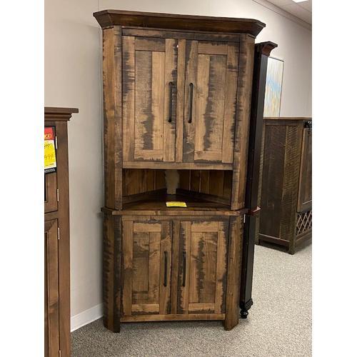 Amish Craftsman - Corner Hutch