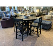 "48"" Sienna Pub Table with 4 Verona Stools in Cosmopolitan Finish"