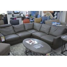 STRESSLESS E700 SECTIONAL, LEATHER, CORNER HEADREST, STAINLESS STEEL LEGS.