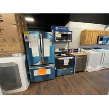 **ANKENY LOCATION** GE® KITCHEN PACKAGE Electric Convection Range with No Preheat Air Fry **NEW OPEN BOX ITEMS**