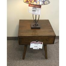 CROWN MARK END TABLE